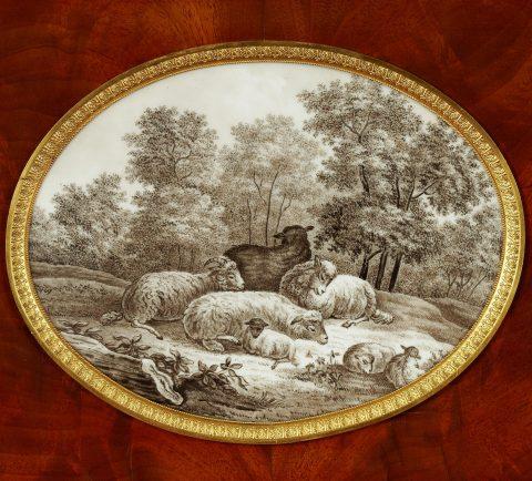 Johannes Klinckerfuß, wiederentdeckter königlicher Schreibtisch, Porzellanmedaillon, Kunsthandel Mühlbauer