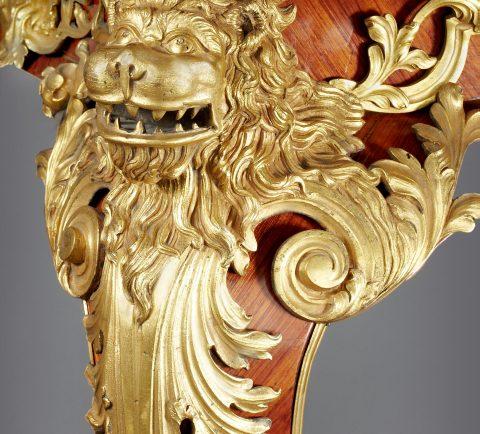 Feuervergoldete Bronze des bedeutenden italienschen Prunktisches, Kunsthandel Mühlbauer