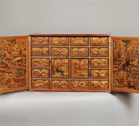 geöffnetes Renaissance-Kabinett mit Jagddarstellung, Kunsthandel Mühlbauer