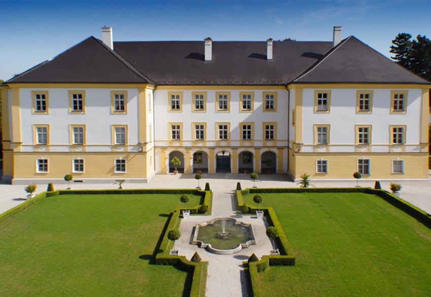 Kunsthandel Mühlbauer im Schloss Schönburg