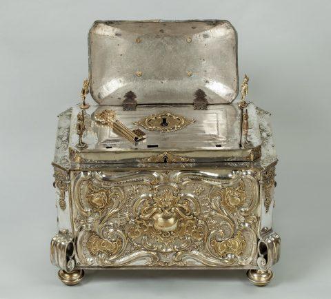 Prunktruhe mit Uhrwerk gefertigt für Fridericus Rex zu Preussen, geöffnet, Kunsthandel Mühlbauer