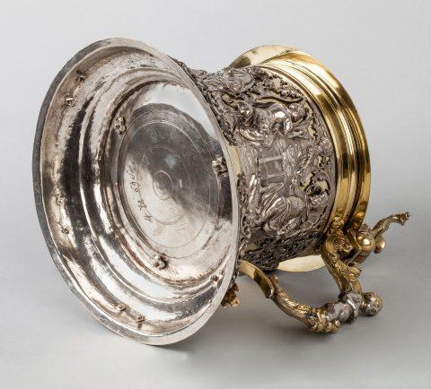 prächtiger Silber-Humpen, Unterseite, Kunsthandel Mühlbauer