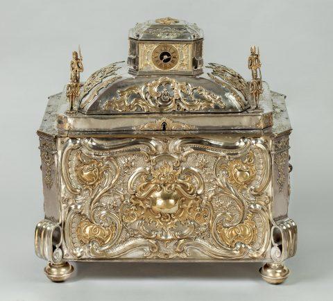 Prunktruhe mit Uhrwerk gefertigt für Fridericus Rex zu Preussen, Vorderseite, Kunsthandel Mühlbauer